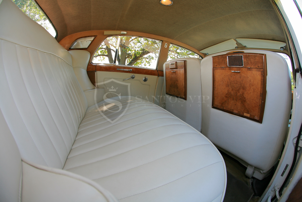 Prom Rolls Royce & Bentley Collection - NJ prom limoRolls Royce 1960 Interior